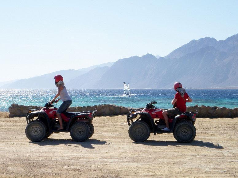 Развлечения на мысе Меганом в Крыму – квадроциклы